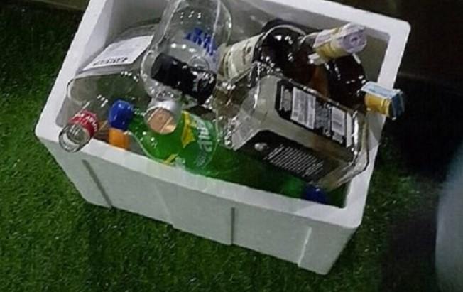 Алкохолот во собата каде што упадна полицијата