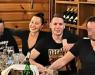 Едноставна и без шминка: Цеца во прегратка на Богдан